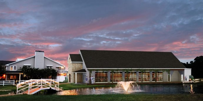 Stonehem Hall, event space for weddings in College Station, TX