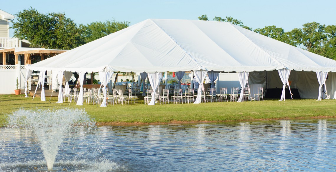 bolliat-tent by water