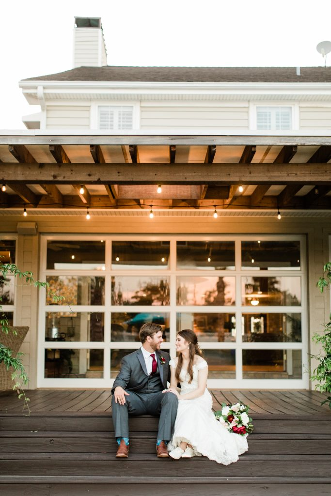 tara barnes photography college station aggie wedding inn at quarry ridge